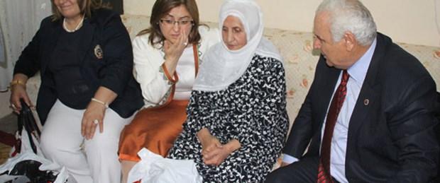 Bakan Şahin: Sen de bana Kürtçe öğret