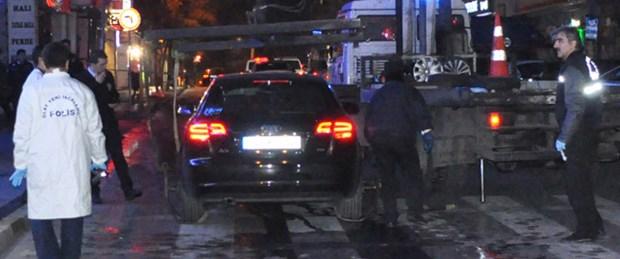 Bakırköy'de 'bombalı araç' alarmı