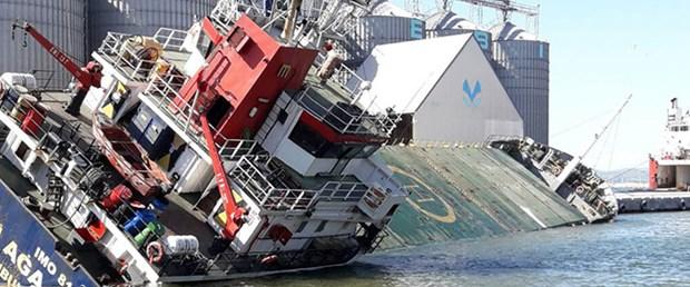 gemi yan yattı.jpg