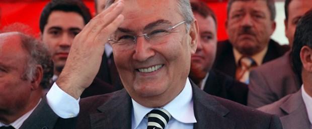 Baykal: Başbakan kaçıyor
