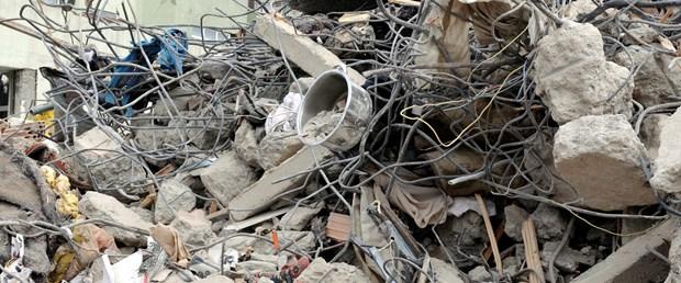'Bazı binalarda çürük malzeme kullanıldı'