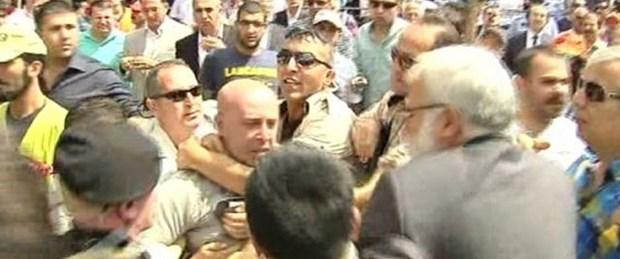 Bekir Bozdağ'a saldıran Satı serbest bırakıldı