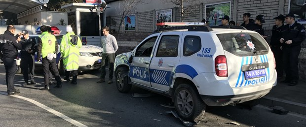 polis aracı kaza balmumcu.jpg