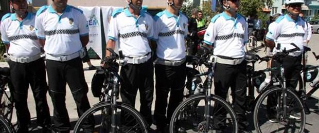 Bisikletli polisler görev başında