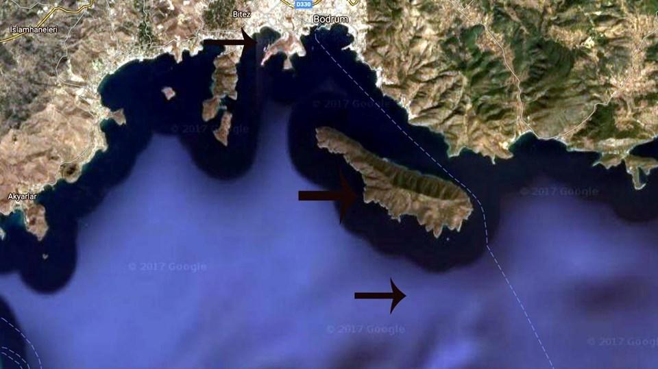 Bodrum'un üç mil açığındakş Karaada, dalgaların enerjisini emerek kıyıya ulaşmalarını yavaşlattı.