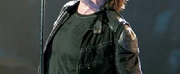 Bono 2 ay sahnelerde olmayacak
