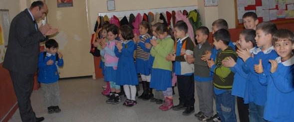 'Bora'yı sınıf arkadaşları ayakta alkışladı