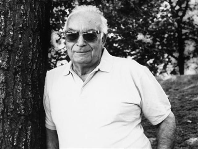 Yaşar Kemal (1923-)