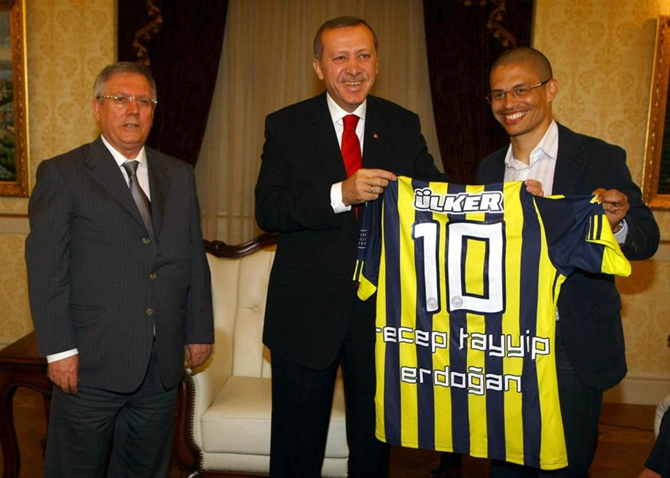Bu kez Beşiktaş Erdoğan'a gitti