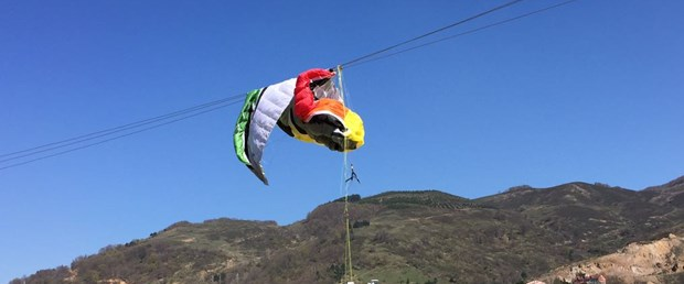 yamaç paraşütü.jpg