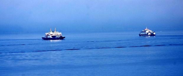 canakkale-bogazi-sis-nedeniyle-transit-gemi-gecislerine-kapatildi.jpg