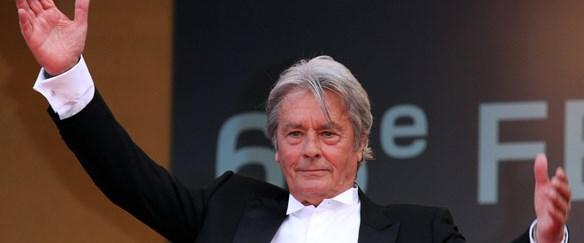 Cannes'ın onur konuğu Alain Delon