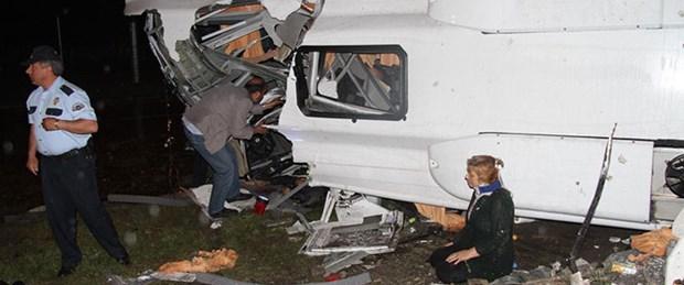 Cenaze dönüşü kaza: 4 ölü