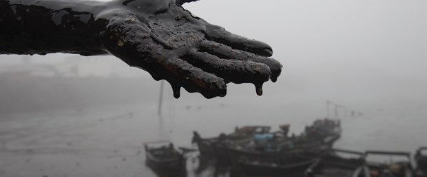 Çin'deki petrol sızıntısı iki katına çıktı!