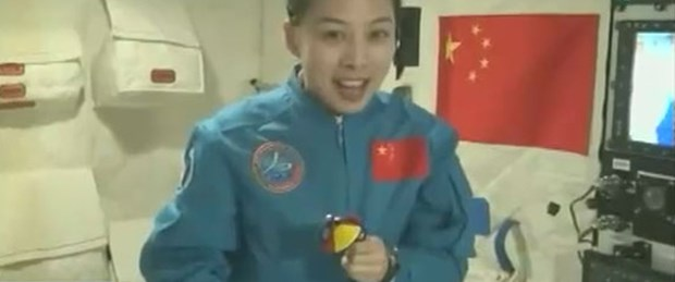 Çinli taykonot Uzay'dan ders anlattı