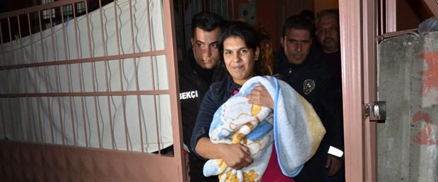 Cinnet getiren anne bebeğini öldürdü