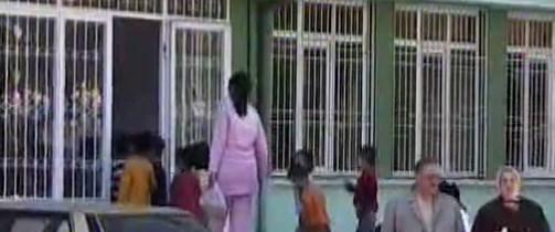 Çocuk yuvası önünde cinayet