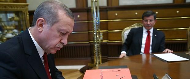 davutoğlu erdoğan.jpg