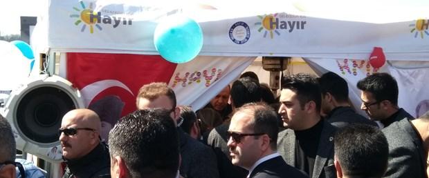-cumhurbaskani-erdogan-sariyerde-hayir-standini-ziyaret-etti-2-_8119_dhaphoto1.jpg