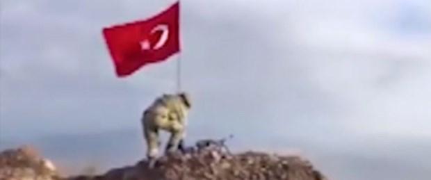 darmık dağı türk bayrağı temiz.jpg