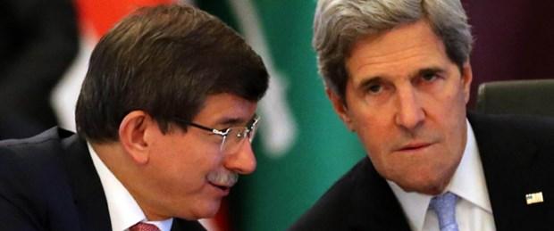 Davutoğlu ile Kerry Mısır'ı görüştü