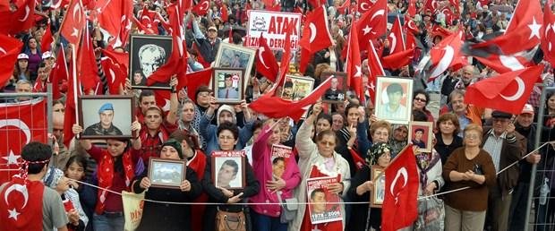 Demokratik açılım protesto edildi