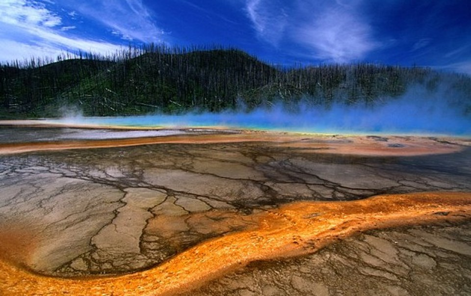 22 Temmuz1980'de Washington'da patlayanSt Helens Dağı. Yellowstone süper yanardağı aktif hale geçerse bu patlamanın binlerce kez güçlüsü yaşanacak.