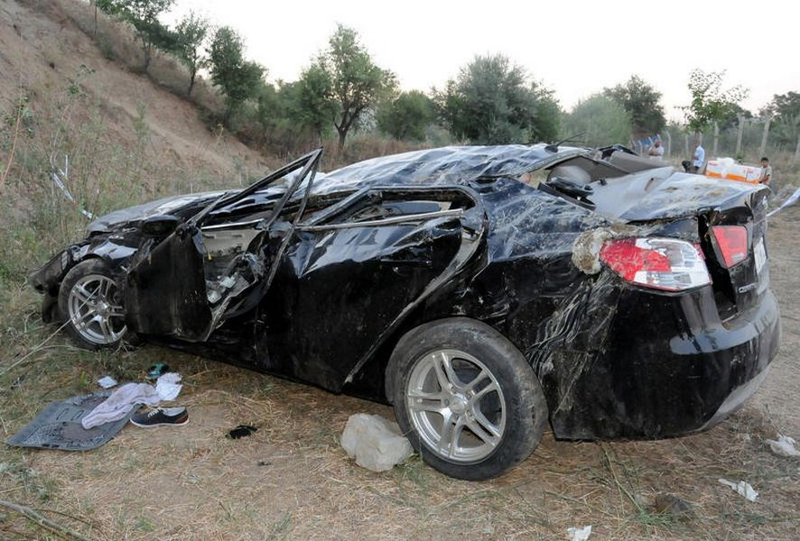 Düğün dönüşü kaza: 9 ölü