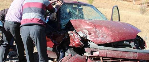 Düğün konvoyunda kaza: 5 ölü