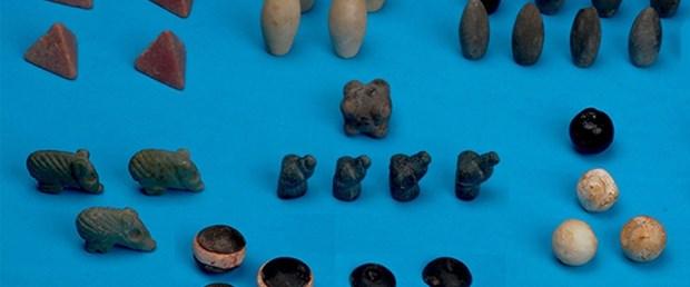 Dünyanın en eski oyun taşları Siirt'te bulundu