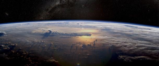 'Dünya'yı 50 yıl içinde terk etmemiz olanaksız'