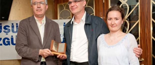Düşünce Özgürlüğü Ödülü Ahmet Şık'ın