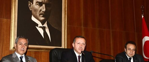 Erdoğan: Akman'ı ben değil kendisi savunur
