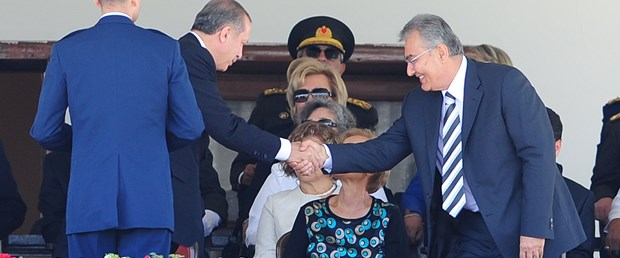Erdoğan-Baykal sohbet etti