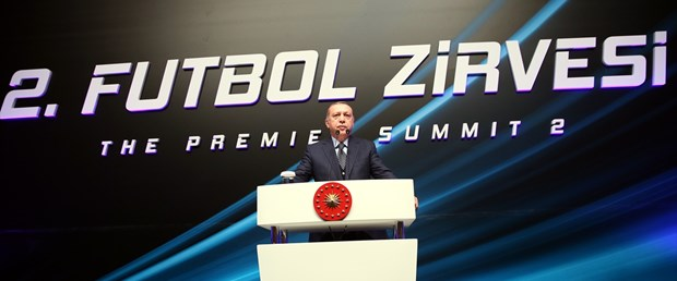 erdoğan futbol zirvesi.jpg