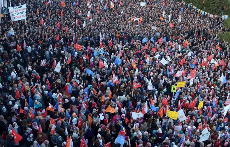 Erdoğan cep telefonlarıyla karşılandı