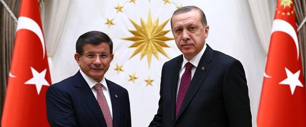 davutoğlu-erdoğan-yeni-hükümet-yazısız.jpg