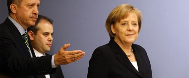 Erdoğan Merkel'e 'vizeler kalksın' dedi