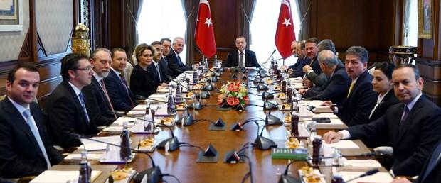 cumhurbaskani-erdogan-tusiad-uyelerini-kabul-etti_8433_dhaphoto3.jpg