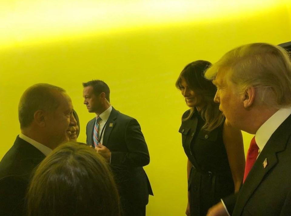 BM Genel Kurulu kulisinde sürpriz görüşme. Cumhurbaşkanı Recep Tayyip Erdoğan ABD Başkanı Donald Trump'la karşılaştı.
