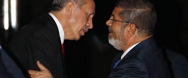 Erdoğan'dan Mursi'ye diyalog tavsiyesi