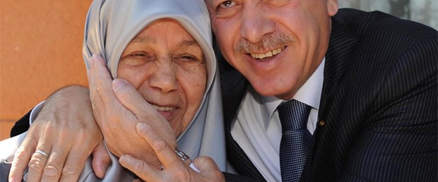 'Erdoğan'ın annesine yanlış tedavi' iddiası