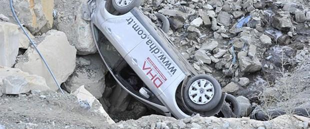 Ermenek'te gazeteciler kaza geçirdi