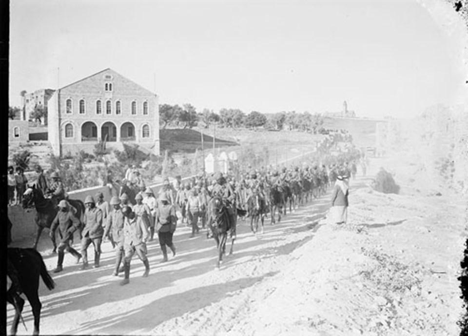 Filistin Cephesi'nde Türk esirleri