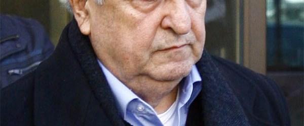 Eski Milli Savunma Bakanı tutuklandı