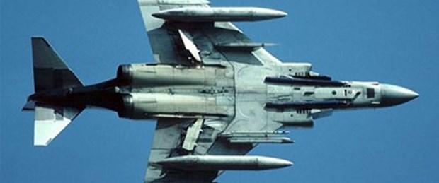 Eskişehir'de savaş uçağı düştü
