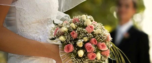Evli kadının soyadı zaferi