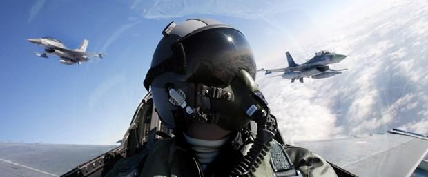 f-16 pilot.jpg