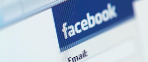 Facebook demokrasiyi deneyecek