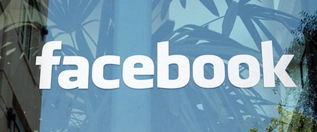Facebook reklamda rakiplerini solladı